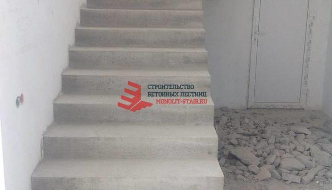 Фото монолитной лестницы в пос. Парголово